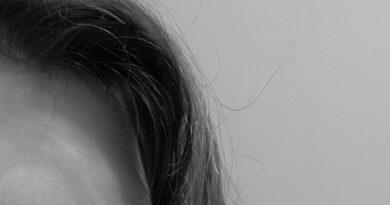 Укрепление волос: Ловите довольного Лизончика вам в ленту!  ⠀ Что вам может поднять настроение одномоме...