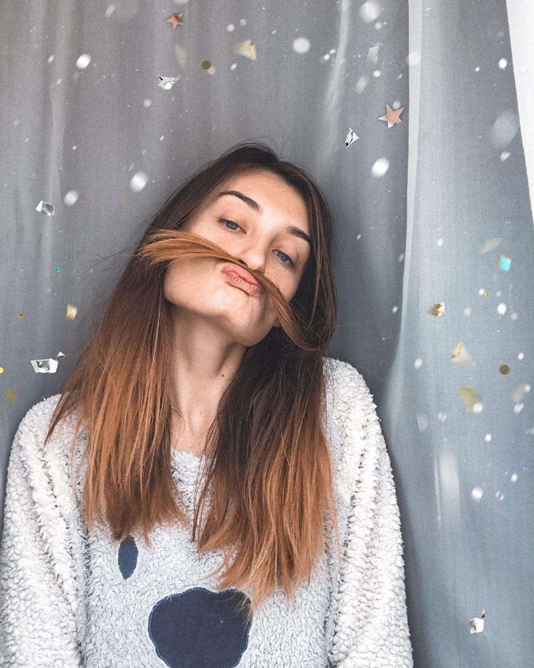 Почему ломаются волосы?. . Существует 2 весомые причины ломкости, которые можно испра...