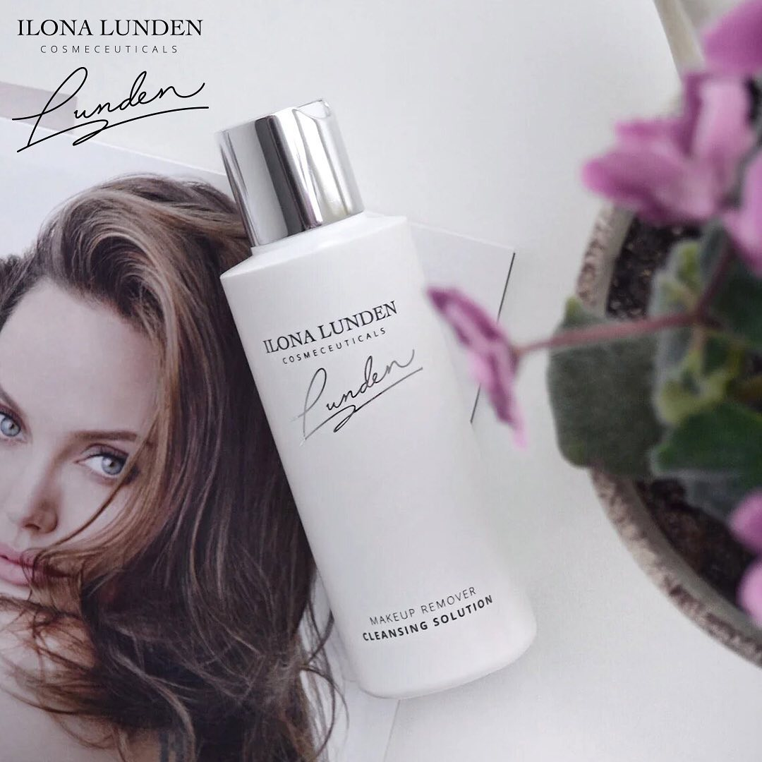 Эмульсия для снятия макияжа . ⠀ Богатый состав из запатентованного комплекса HYDRONES...