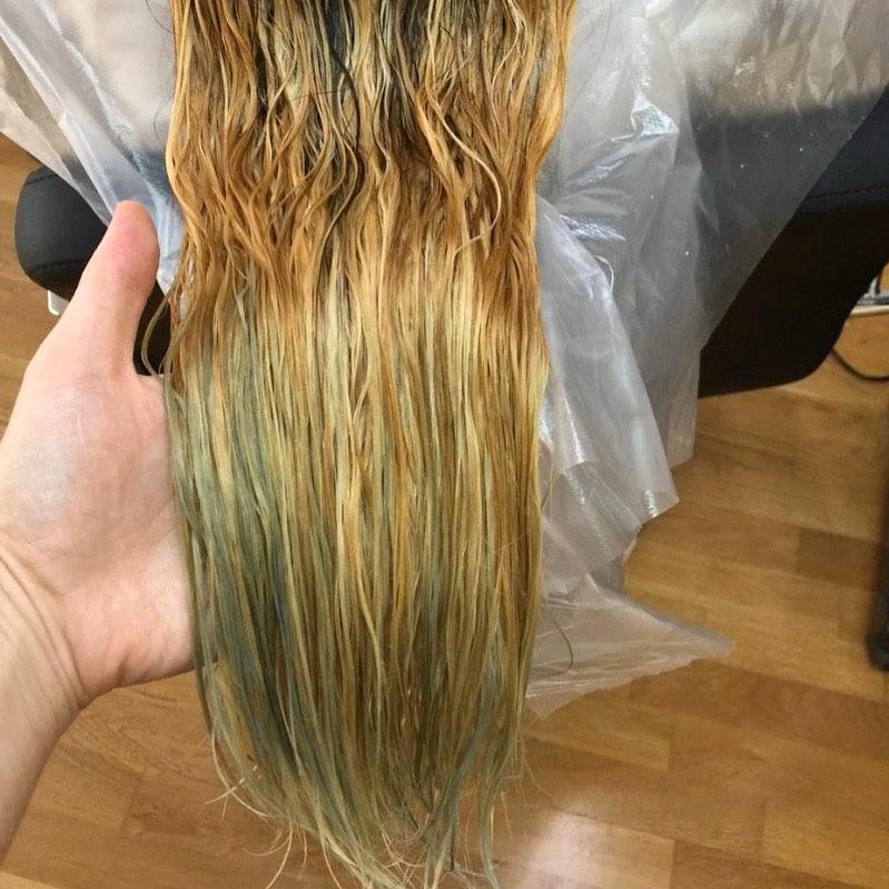 Корни волос: vs ⠀ Осветление после хны. (Продолжаем тему). Спойлер: если решились, обойдитесь без ...