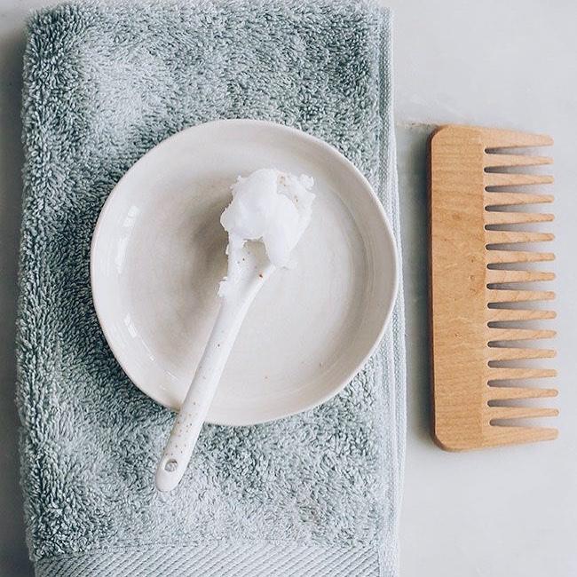 Настойка волос: Витамины для наших волос ⠀ Железо  укрепляет корни, питает фолликулы, насыщает их кис...